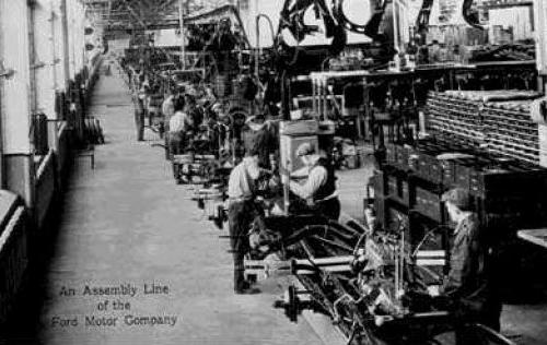 Ford motor company ir juostiniais transporteriai