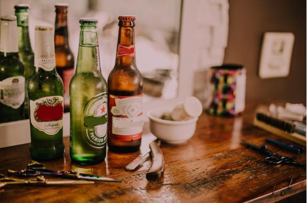 alaus-buteliu-etiketes-istorija